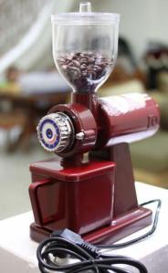 alat penggiling kopi